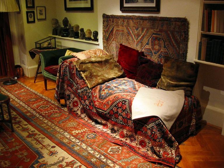 Freud-sofası-768x576
